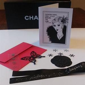 A Chanel Christmas🎄